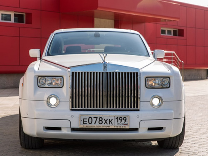 Прокат Rolls-Royce Phantom в Буденновске
