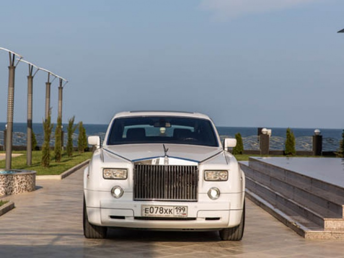 Прокат Rolls-Royce Phantom в Тырныаузе