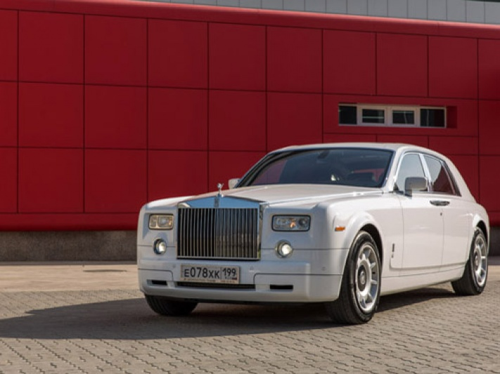 Прокат Rolls-Royce Phantom в Чегеме